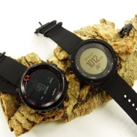 SUUNTO BLACK RED